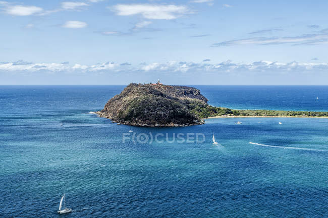 Barrenjoey Head lighthouse on headland, New South Wales, Australia — Stock Photo