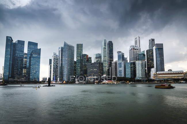 Мальовничий вид на міський горизонт, Сінгапур — стокове фото