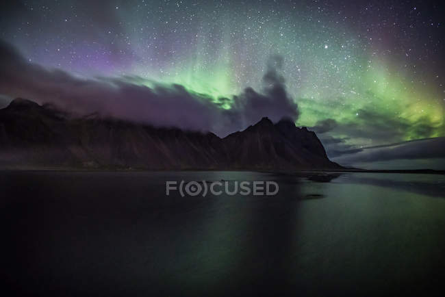 Aurora Borealis at Vestrahorn, Stokksnes, Southeastern Iceland — Stock Photo
