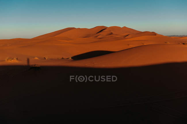 Vista cénico do deserto de Sahara no nascer do sol, Marrocos — Fotografia de Stock