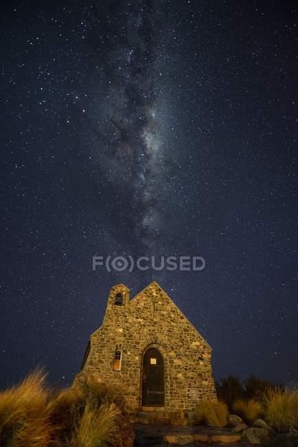 Milky way over Church of Good Shepherd — Stock Photo