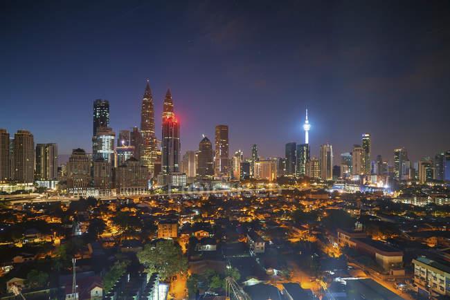 Scenic view of Cityscape at sunrise, Kuala Lumpur, Malaysia - foto de stock