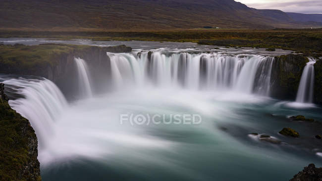 Scenic view of Cloudy Sunset at Godafoss waterfall, Iceland — Stock Photo