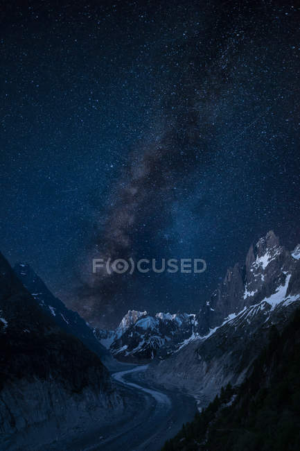 Scenic view of  night sky at Mer de Glace, Mont Blanc, Alps, France — Stock Photo