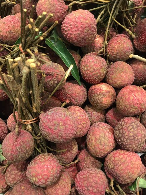 Vue de plan rapproché des fruits frais de rambutan — Photo de stock
