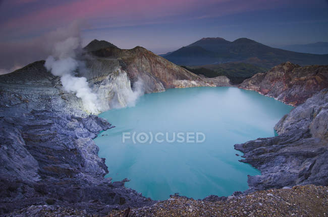 Lake inside the Ijen Crater, East Java, Indonesia — Stock Photo