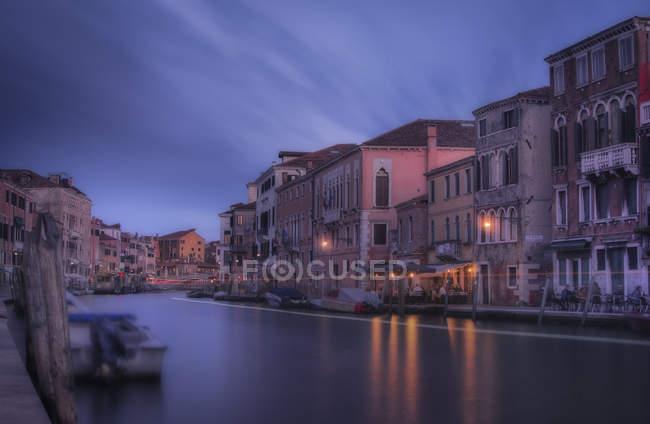 Veduta panoramica dei sentieri veneziani 112, Venezia, Veneto, Italia — Foto stock