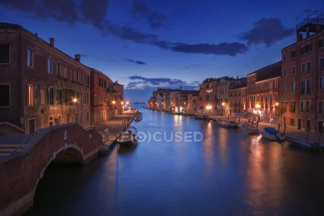 Venetian paths 118 Cannareggio, Venice, Veneto, Italyscenic view of — Stock Photo
