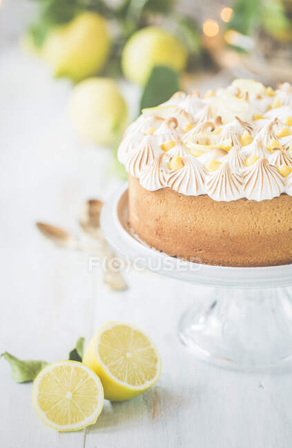 Lemon curd and Meringue Cake on a cakestand — Stock Photo