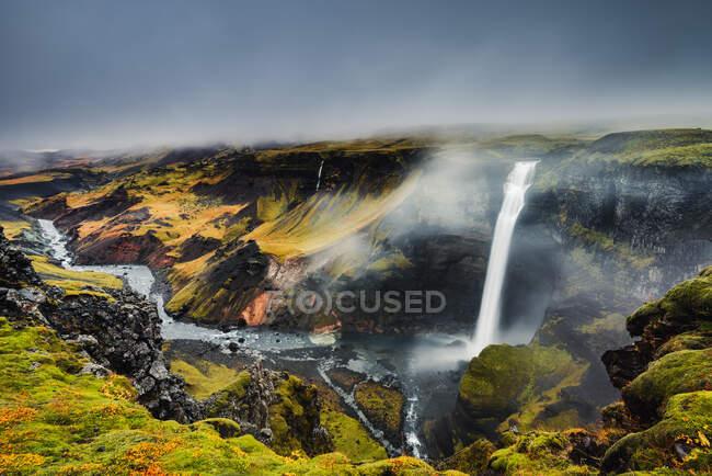 Cascada de Haifoss, Islandia meridional, Islandia - foto de stock