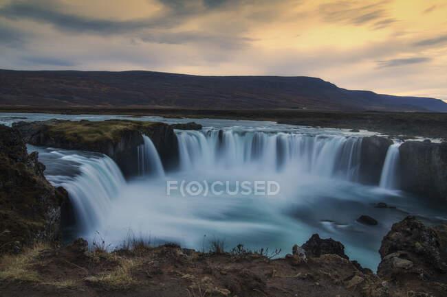 Cascada Godafoss, Bardardalur, Islandia - foto de stock