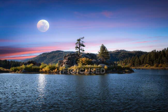Big Bear lake in the moonlight, California, USA — Stock Photo