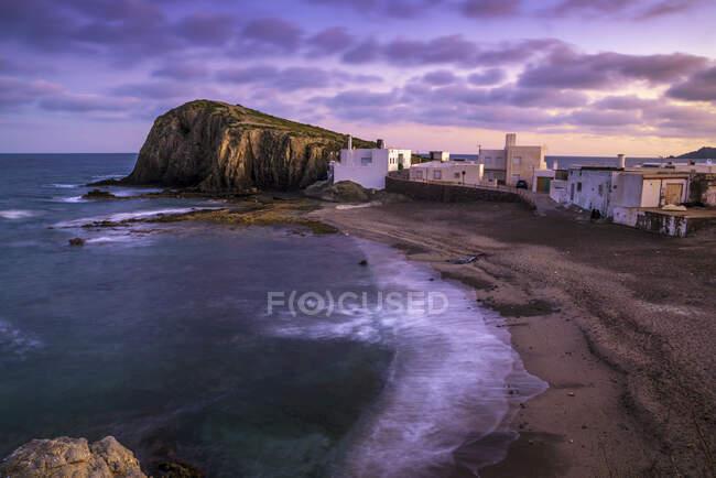 Spiaggia vicino al villaggio La Isleta del Moro, Cabo de Gata, Almeria, Andalusia, Spagna — Foto stock