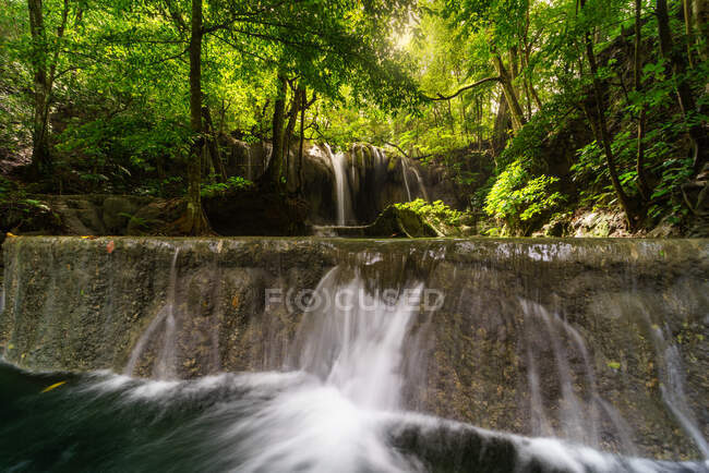 Cachoeira Mata Jitu, Moyo Island, West Nusa Teggara, Indonésia — Fotografia de Stock