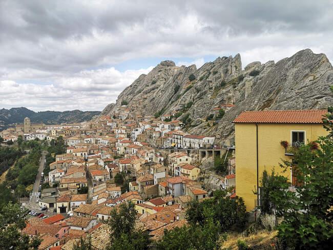 Paesaggio urbano, Pietrapertosa, Potenza, Basilicata, Italia — Foto stock