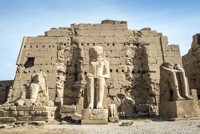 Precinct of Mut, Temples of Karnak, Karnak, Luxor, Egypt — стокове фото