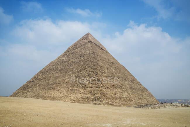 Chephren pyramid, Giza Pyramid complex near Cairo, Egypt — стокове фото