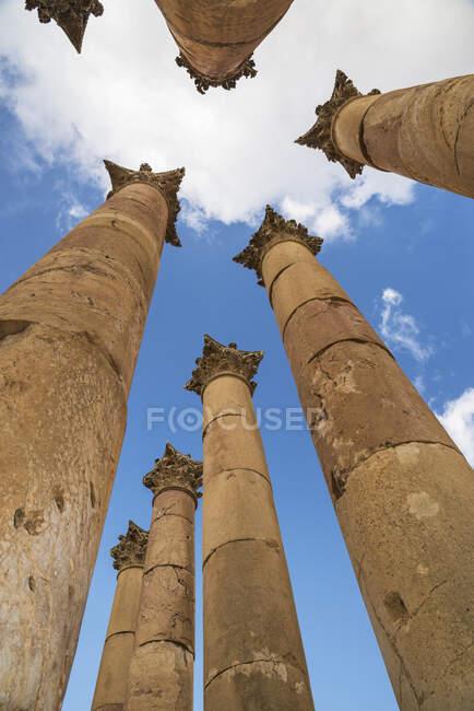 Corinthian columns at the Artemis temple, Jerash, Jordan — Stock Photo