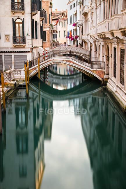 Veneziano canal, Veneza, Veneto, Itália — Fotografia de Stock