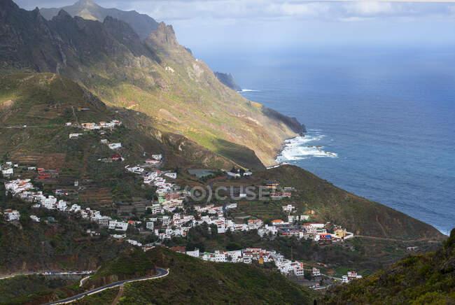 Veduta aerea del villaggio Taganana nelle montagne di Anaga, Tenerife, Isole Canarie, Spagna — Foto stock